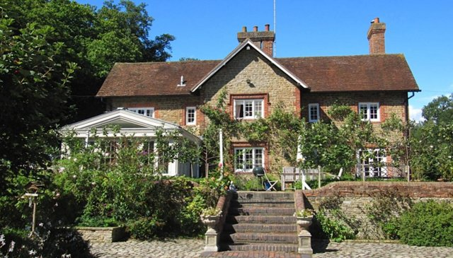 beautiful english country house and stables guildford