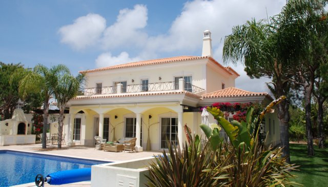 Beautiful villa on  golf course in Quinta do Lago