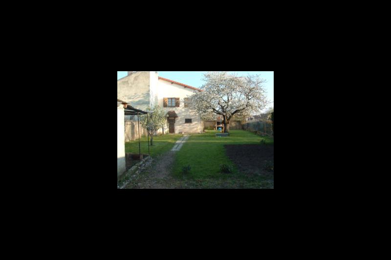 Maison agreable dans petite ville du centre de la yzeure auvergne love home swap for Amenagement petite maison de ville
